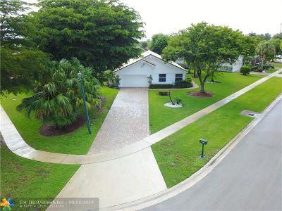 Boca Raton Single Family Home For Sale: 11134 Highland Cir