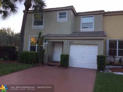 Pembroke Pines Single Family Home For Sale: 1437 NW 154th Ln