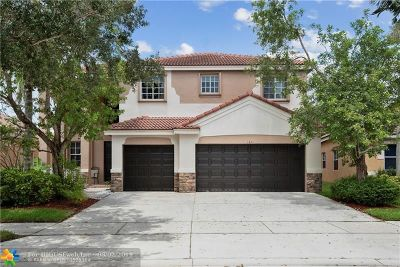 Weston Single Family Home For Sale: 1611 Orchid Bend