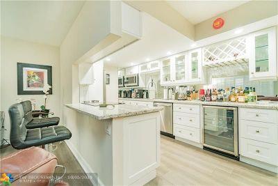 Coconut Creek Condo/Townhouse For Sale: 3205 Portofino Pt #J4