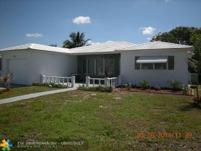 Margate Single Family Home For Sale: 975 SW 50th Ter