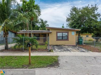 Fort Lauderdale Multi Family Home For Sale: 204 NW 28th Ave