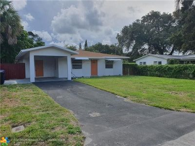 Broward County, Palm Beach County Single Family Home For Sale: 1633 SW 30th Ave