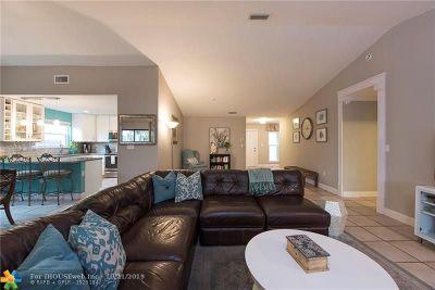Davie Single Family Home For Sale: 6322 Tweksbury Ter