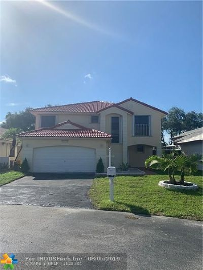 Davie Single Family Home For Sale: 6320 Plymouth Ln