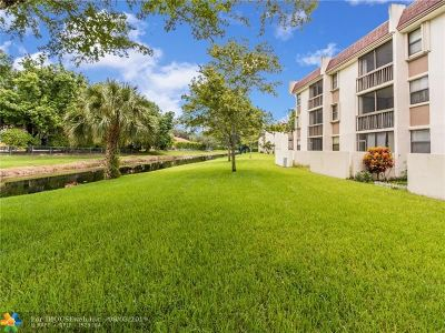 Coral Springs Condo/Townhouse Backup Contract-Call LA: 8441 Forest Hills Dr #303
