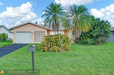 Tamarac Single Family Home For Sale: 8019 NW 101st Ave