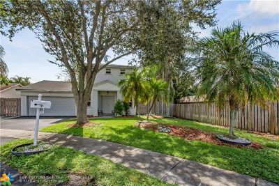 Sunrise Single Family Home For Sale: 5200 NW 94th Ter