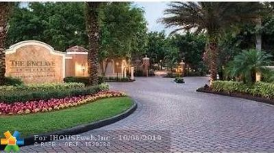 Miramar FL Condo/Townhouse For Sale: $220,000