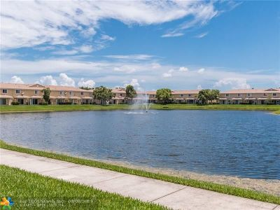 Tamarac Condo/Townhouse For Sale: 5908 Manchester Way #5908