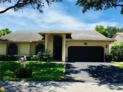 Coral Springs Single Family Home For Sale: 9849 NW 54 Place