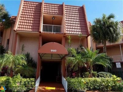 Tamarac Condo/Townhouse For Sale: 9100 Lime Bay Blvd #203