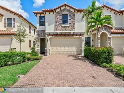 Coconut Creek Condo/Townhouse For Sale: 4049 Allerdale Pl