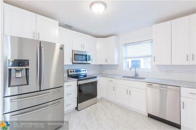 Surfside Single Family Home For Sale: 9064 Abbott Ave