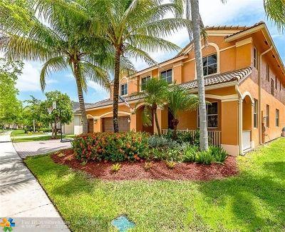 Weston Single Family Home Backup Contract-Call LA: 1665 Blue Jay Cir