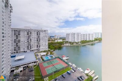 Aventura Condo/Townhouse For Sale: 18071 Biscayne Blvd #1604
