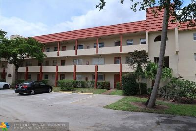 Sunrise Condo/Townhouse For Sale: 8081 N Sunrise Lakes Dr #110