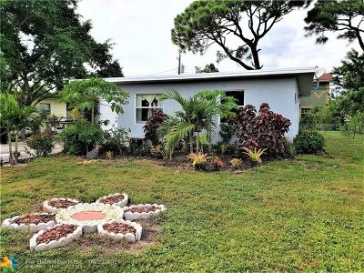 Pompano Beach Single Family Home For Sale: 2625 NW 9th St
