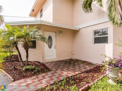 Oakland Park Single Family Home For Sale: 1618 NE 34th Ct