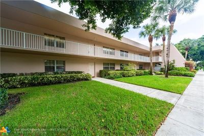 Pompano Beach Condo/Townhouse For Sale: 4221 W Palm Aire Dr #206