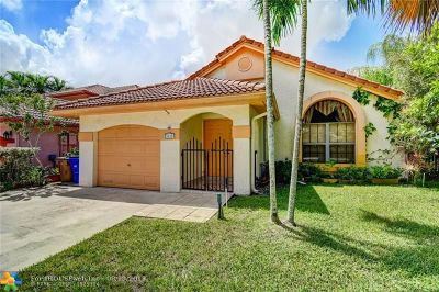 Deerfield Single Family Home For Sale: 4048 NW 7th Place