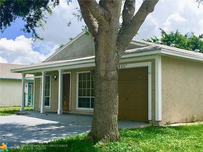 Boca Raton Single Family Home For Sale: 8437 Summer Field Pl