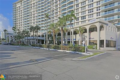 Hollywood Condo/Townhouse For Sale: 3800 S Ocean Dr #411