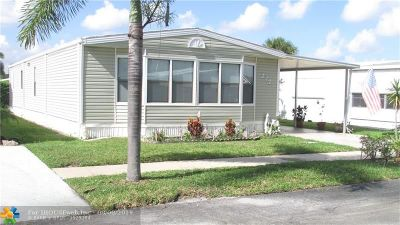 Deerfield Beach Single Family Home For Sale: 272 NW 53rd Ct