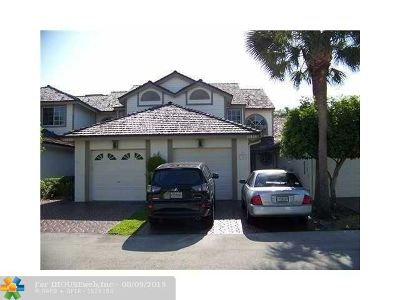 Coral Springs Condo/Townhouse For Sale: 11610 NW 19th Dr #11610