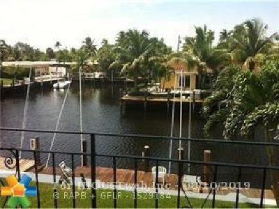 Pompano Beach Condo/Townhouse For Sale: 331 E McNab Rd #218