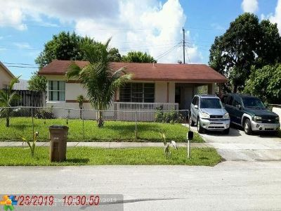 Pompano Beach Single Family Home For Sale: 710 NE 43rd St