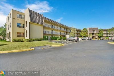 Tamarac Condo/Townhouse For Sale: 9351 Lime Bay Blvd #205