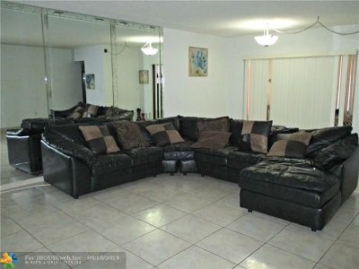 Lauderhill Condo/Townhouse For Sale: 2451 NW 41st Ave #302