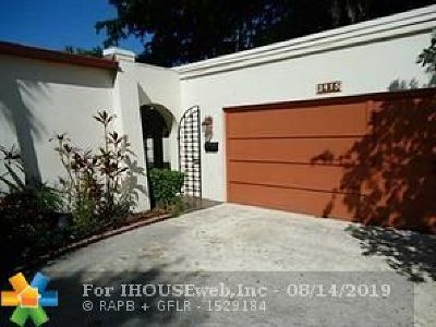 Lauderhill Condo/Townhouse For Sale: 3415 Heather Ter #.56