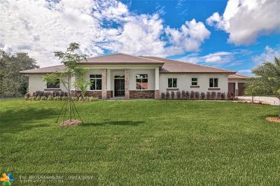 Plantation Single Family Home For Sale: 12100 NW 27th St