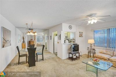 Deerfield Beach Condo/Townhouse For Sale: 260 Farnham K #260