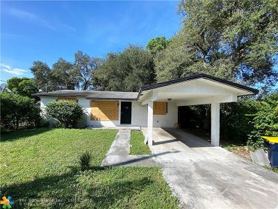 Broward County, Palm Beach County Single Family Home For Sale: 141 NW 6th Ave