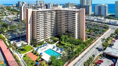 Fort Lauderdale Condo/Townhouse For Sale: 3333 NE 34th St #1106
