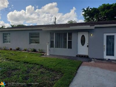 North Lauderdale Single Family Home For Sale: 6250 SW 18th Pl