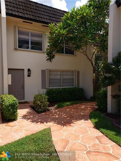 Coral Springs Condo/Townhouse For Sale: 9050 NW 28th St #122