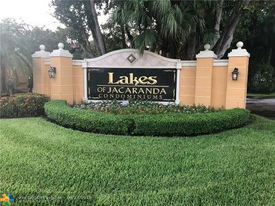 Plantation Condo/Townhouse For Sale: 10717 Cleary Blvd #202