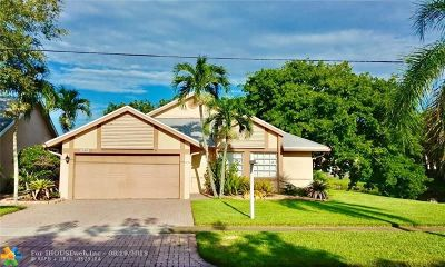 Sunrise Single Family Home For Sale: 3185 NW 120th Way