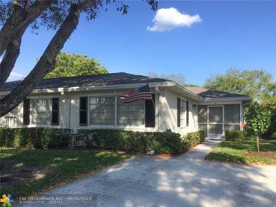 Boynton Beach Condo/Townhouse For Sale: 10080 S 42nd Ave #162