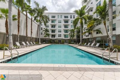 Fort Lauderdale Condo/Townhouse For Sale: 2421 NE 65th St #302