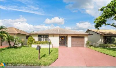 Deerfield Single Family Home For Sale: 1523 SW 22nd Way