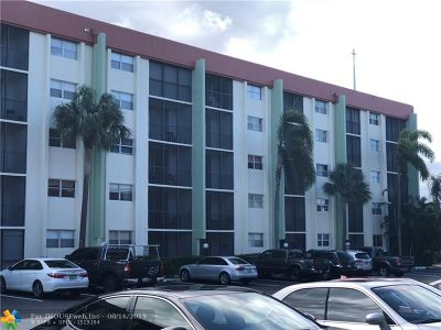 Fort Lauderdale Condo/Townhouse For Sale: 5300 NE 24th Ter #121C
