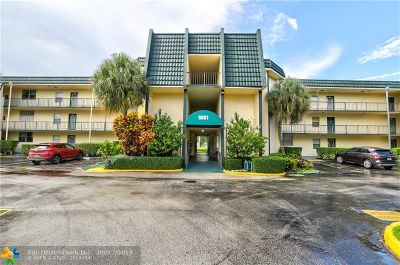 Tamarac Condo/Townhouse For Sale: 9081 Lime Bay Blvd #301