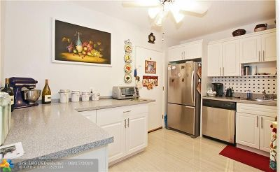 Lauderhill Condo/Townhouse For Sale: 4880 NW 22nd St #304