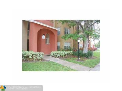 West Palm Beach Condo/Townhouse For Sale: 1401 Village Blvd #137