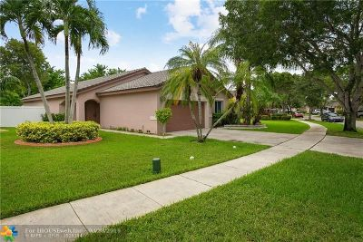 Pembroke Pines Single Family Home For Sale: 1002 SW 176th Ave
